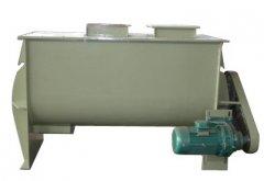 HC500型卧式饲料搅拌机